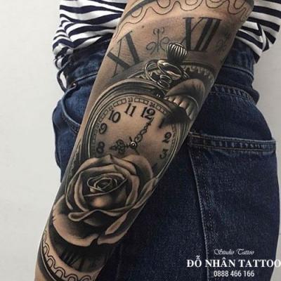 Hình xăm đồng hồ hoa hồng 13