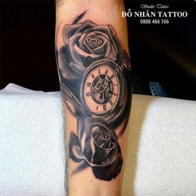 Hình xăm đồng hồ hoa hồng 51