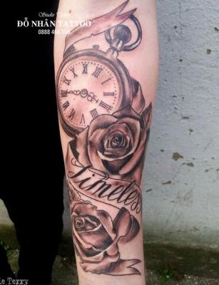 Hình xăm đồng hồ hoa hồng 58