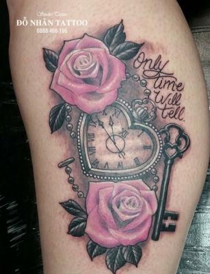 Hình xăm đồng hồ hoa hồng 60