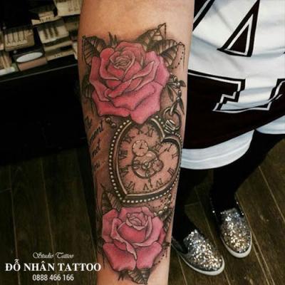 Hình xăm đồng hồ hoa hồng 63