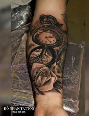 Hình xăm đồng hồ hoa hồng 65