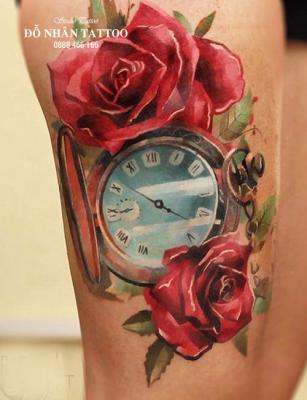 Hình xăm đồng hồ hoa hồng 70