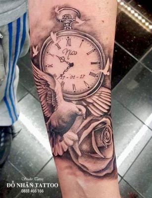 Hình xăm đồng hồ hoa hồng 78